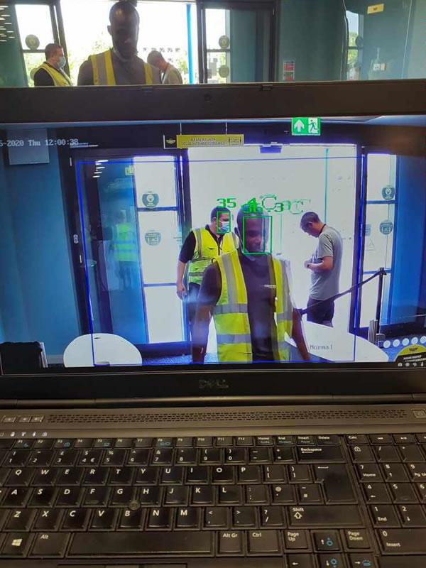 Body Temperature Detection Camera & Laptop Screen